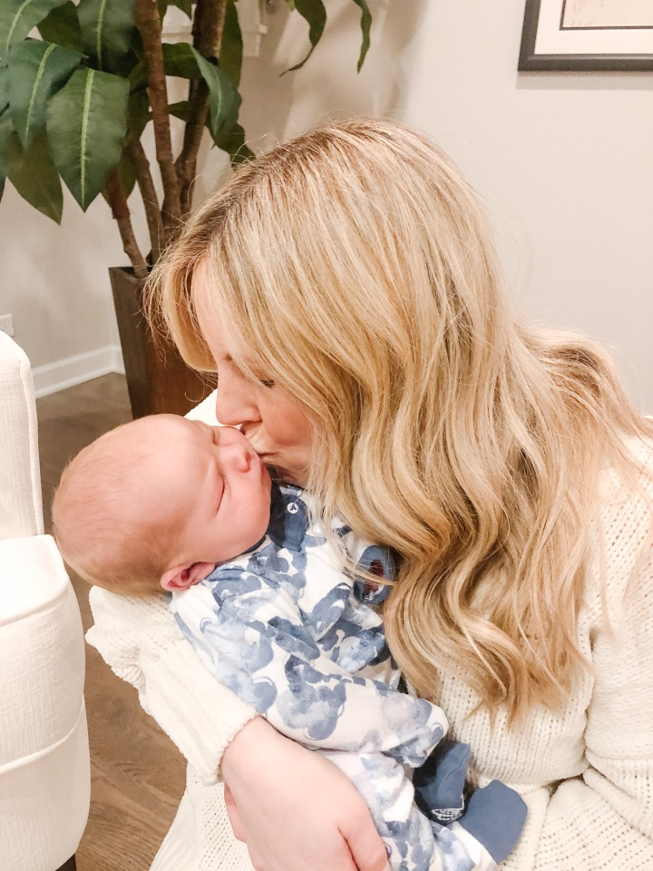 Top 10 Postpartum Items For the First 10Days